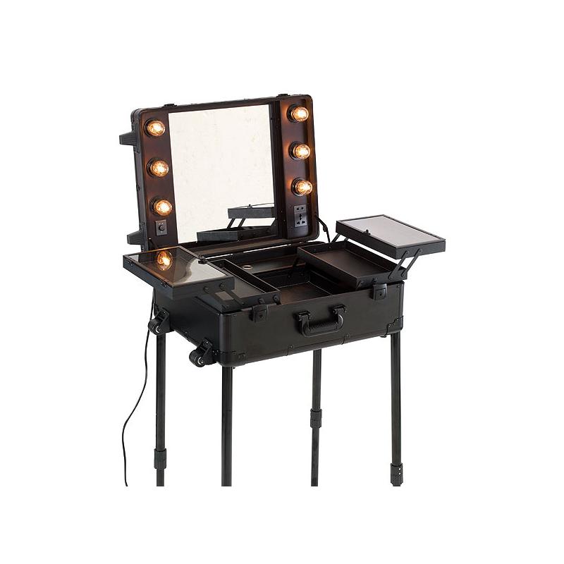 Beleuchteter Make-up Koffer: 150,00 € zzgl. MwSt.