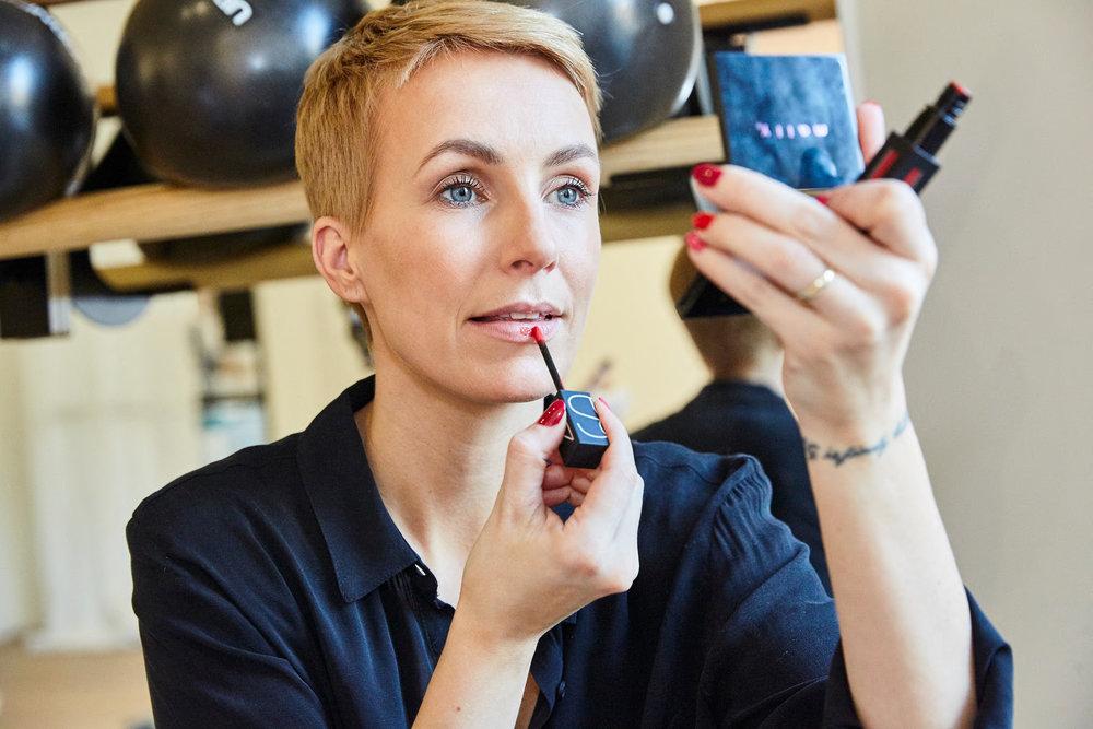 NARS Lippenstifte haben eine tolle cremige Textur und sind langanhaltend, ohne auszutrocknen.