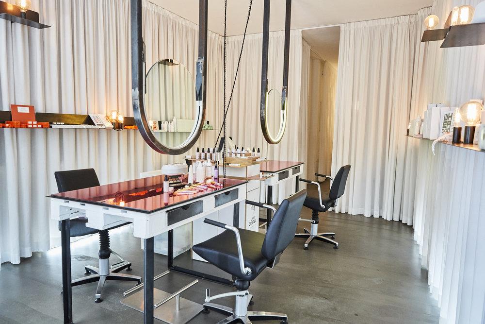 Zu Besuch im Make-up Frauenzimmer von  WHEADON ,STEINSTRASSE 17, 10119 BERLIN