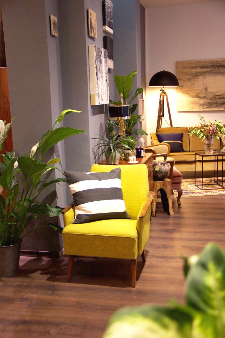 Vintage_Furniture.jpg