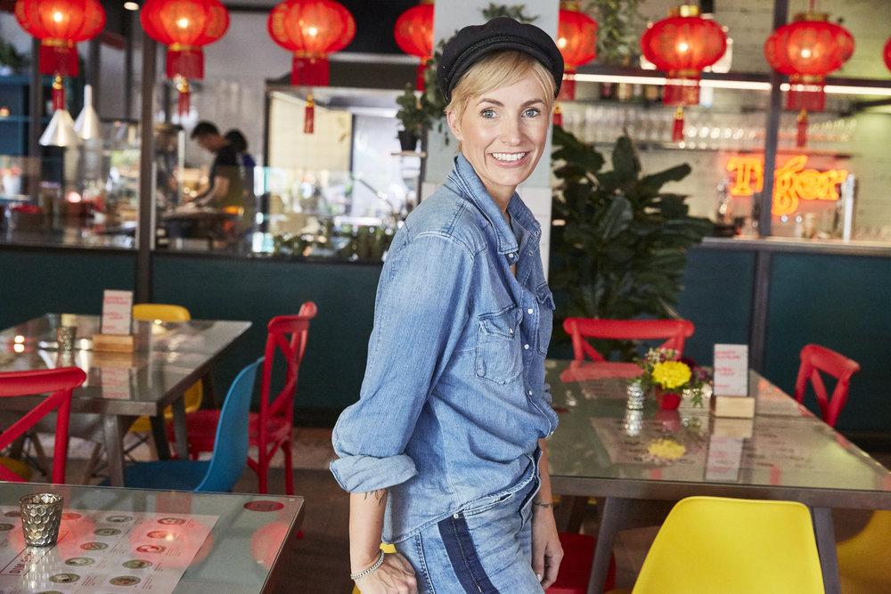 Miriam Jacks in dem von ihr eingerichten MADE IN CHINA, auf der Schönhauser Allee 10-11 in Berlin Mitte.