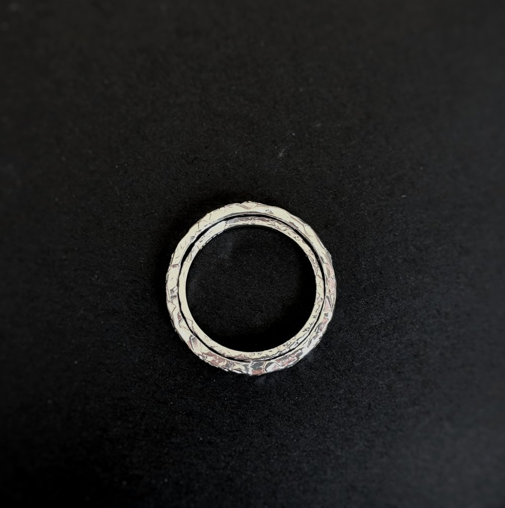 9ct+white+gold+textured+wedding+rings+fit.jpg