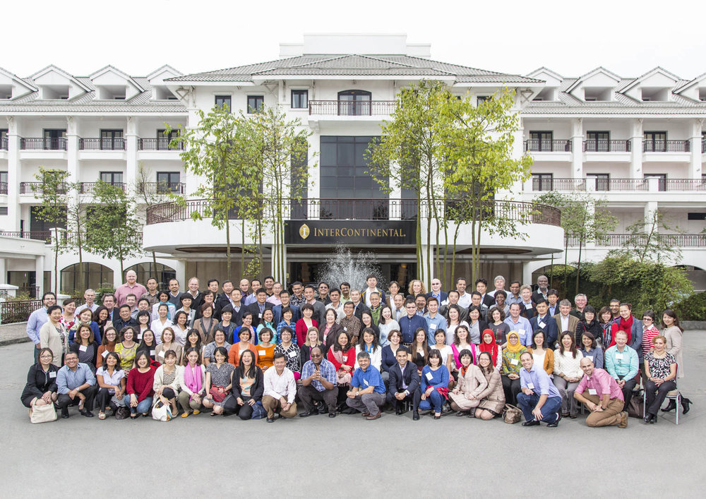 Team building group shot in Intercontinental Hanoi | Vietnam MICE Photographer