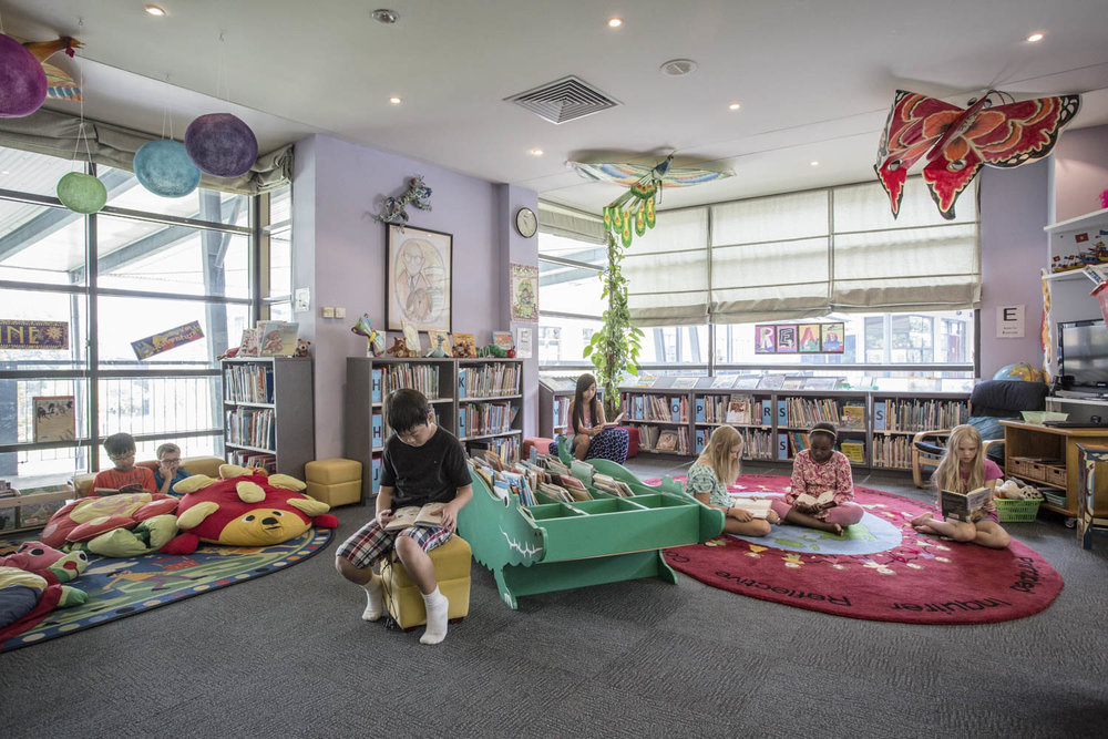 Library at the United Nations International School of Hanoi | Vietnam Corporate School Photographer
