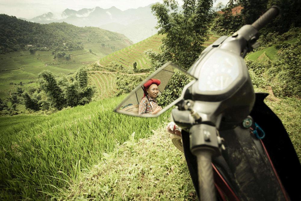 Hmong ethnic environmental portrait | Vietnam Documentary Photographer | Francis Roux