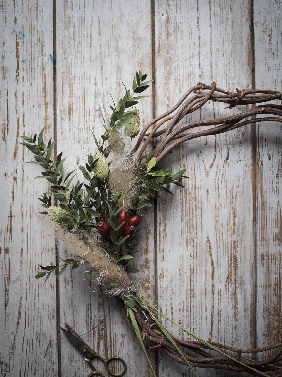 hop vine wreath base