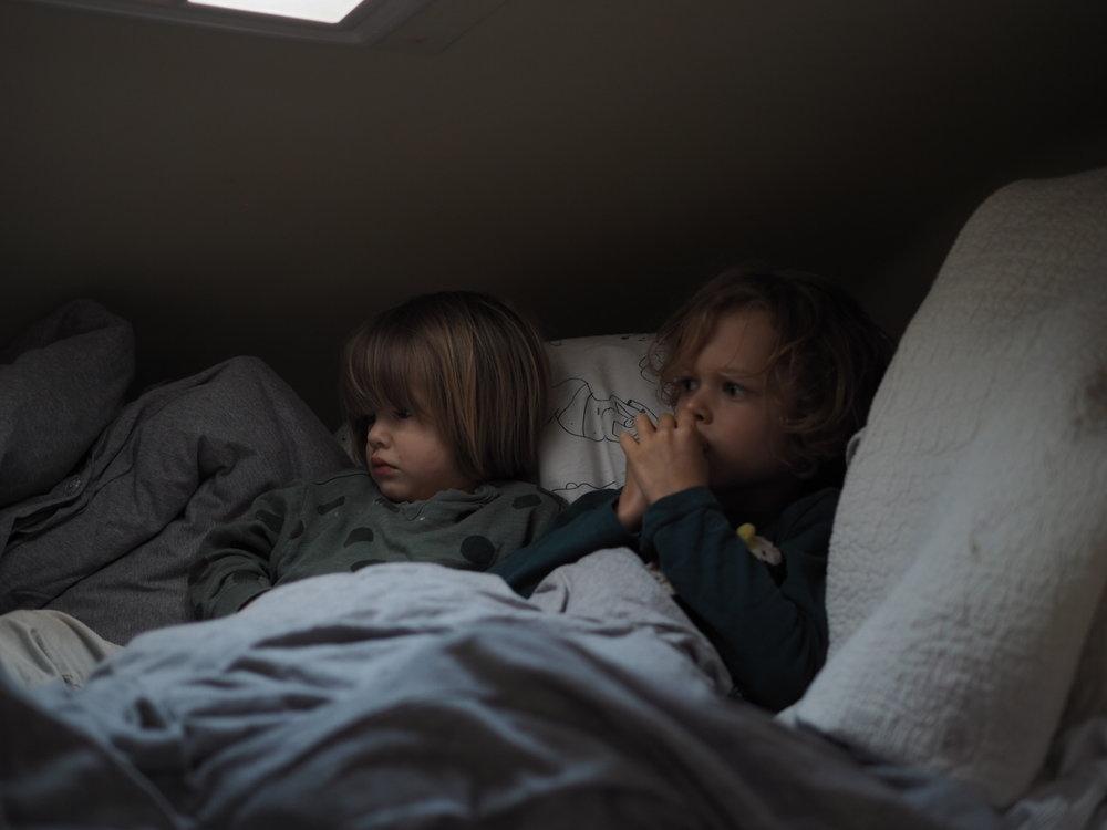 Entertaining kids in a camper van
