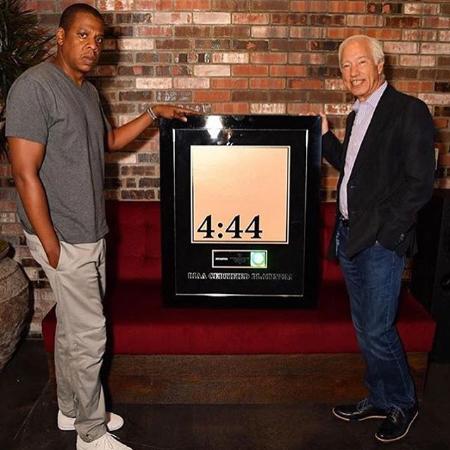 Big ups to #Jayz 🙌🏾 His album #444 is officially #Platinum. #Hov has more platinum albums than any other hip hop artist 🥂👑🥃 #CrownHimRoyal