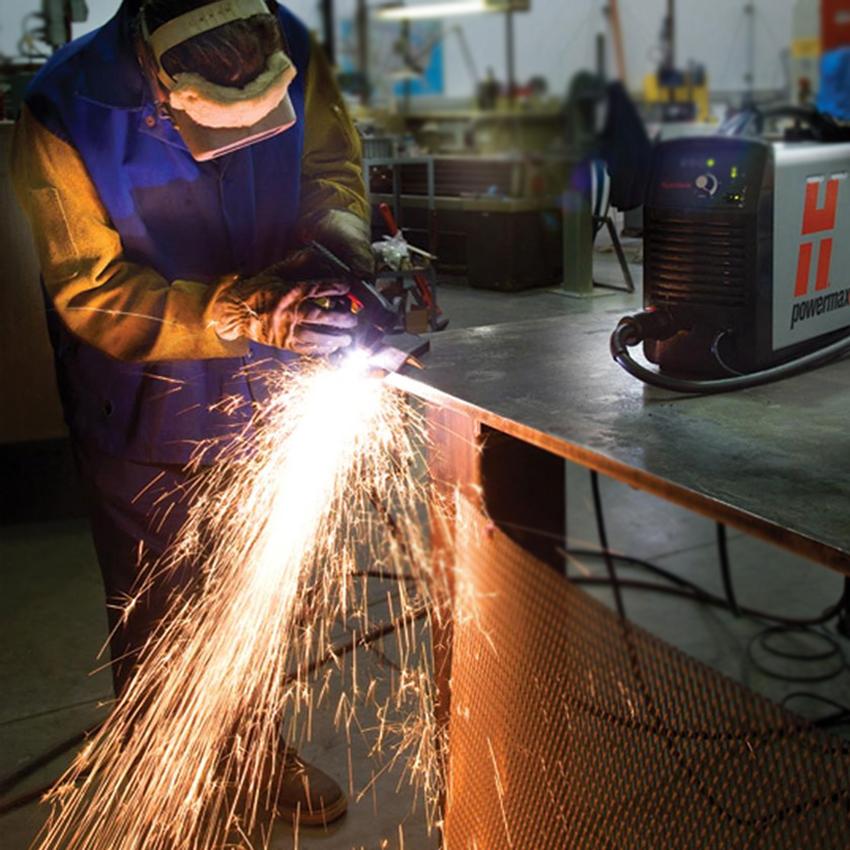 ПЛАЗМЕННАЯ РЕЗКА   Быстро и качественно выполняем заказы. СТ-Машин - на рынке оказания услуг по металлообработке с 2003 года.Если сравнивать скорость раскроя листов низкоуглеродистой стали толщиной 12 мм со скоростью той же кислородной резки, Powermax 125 делает это в 3 раза быстрее. Еще одна конкурентная особенность нашего оборудования – наличие технологии регулировки давления газа, которая зависит от строжки и режима резки.