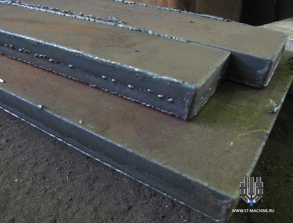 газовая резка металлических листов.jpg