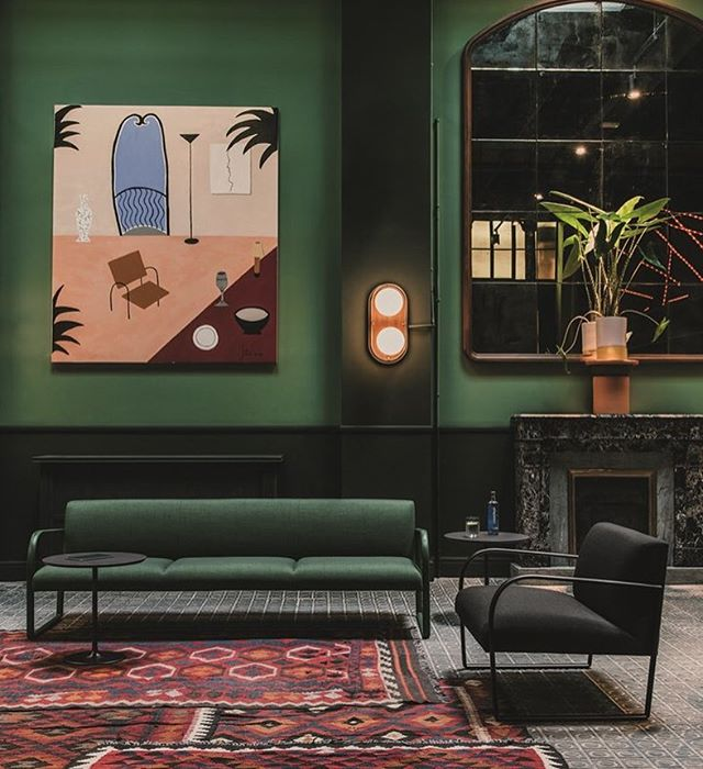 Sunday inspiration. Beautiful painting by @blancamiroskoudy in one of Barcelona's finest hotels @casabonay 🍸