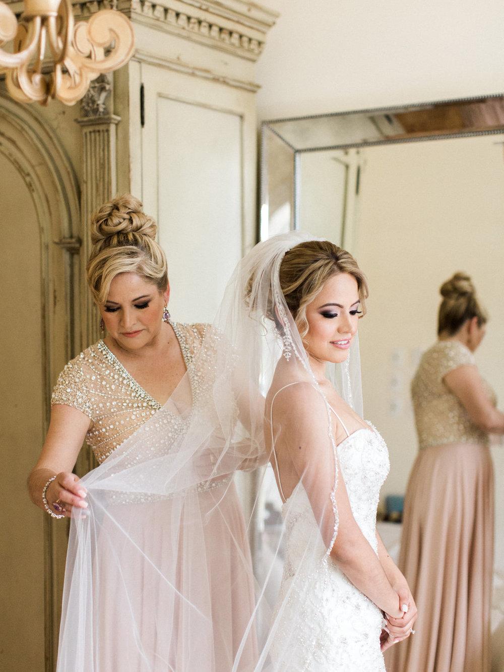 Morais-Vineyards-Winery-Beatleton-Virginia-Wedding-Photographer-13.jpg