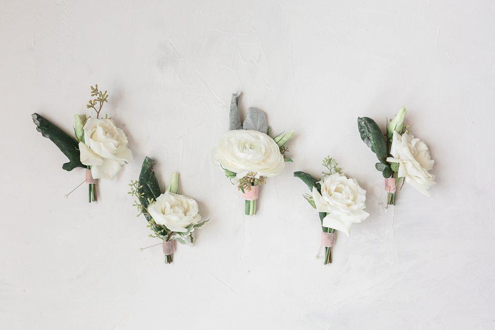 chicgirlflowers.jpg