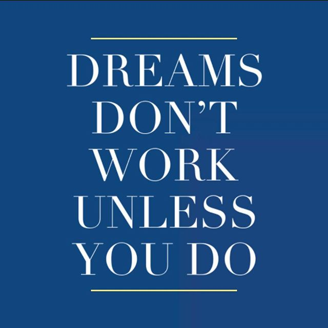 Dreams don't work unless you do. . . #quoteoftheday #quote #newyorkcity #homestay #nyc #manhattan #travelabroad #goexplore