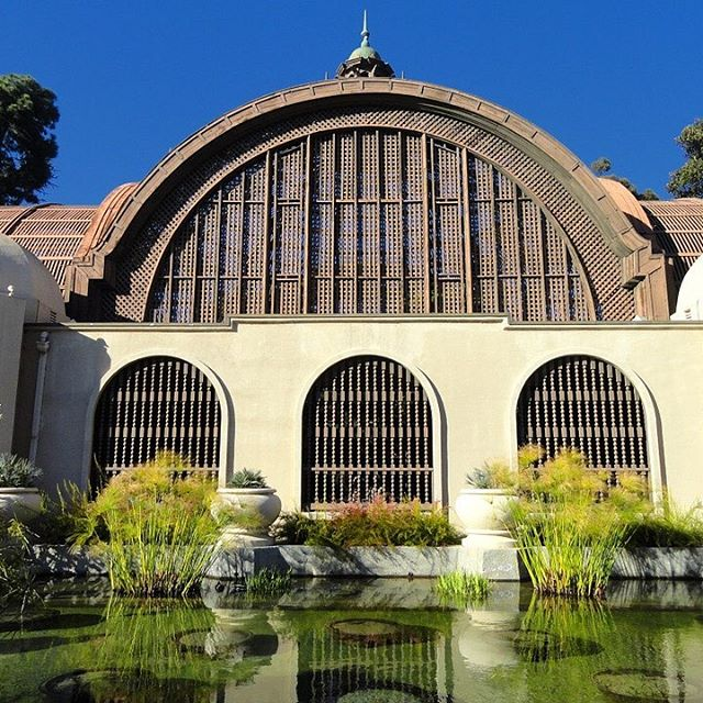 The Arboretum Balboa Park is a must see destination in San Diego. . . #sandiego #destination #travel #mustsee #arboretum #balboapark #studyabroad #sarashomestay #sarahomestay #california #homestay #travelphotography