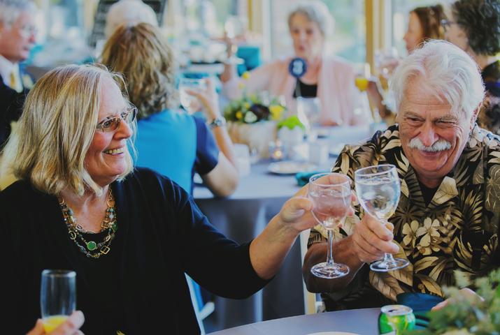 happy-guests.jpg