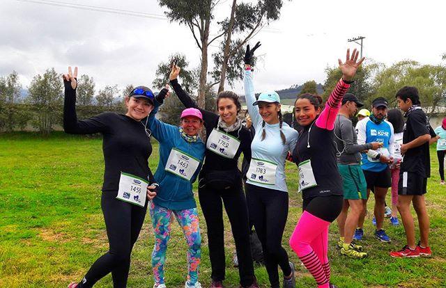 Nuestras mujeres de Gourmet Runners, tú también puedes ser parte de todos los eventos del año, solo debes ingresar a www.gourmetrunners.com.co #GourmetMeLoDijo. . . . #training #Entrenamiento #Gourmet #greenday #montaña #carrera 💪.