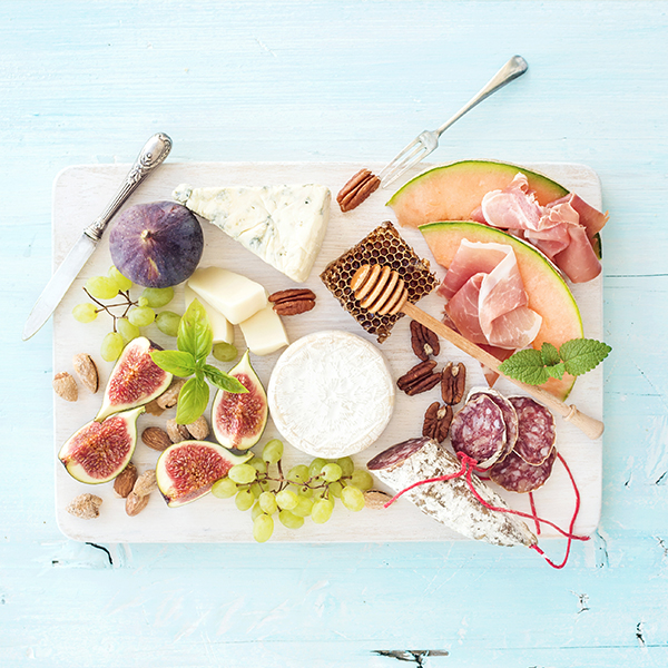 COASTAL CHARCUTERIE AND COCKTAILS WORKSHOP   $55  Thursday 1:00 - 2:00PM  Friday 1:00 - 2:00PM  Saturday 4:00 - 5:00PM