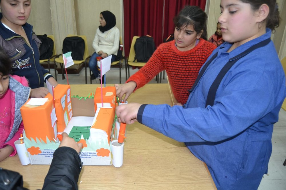 MECI-TSF 16.12.2018.  Children making a model of Jordanian school.jpg