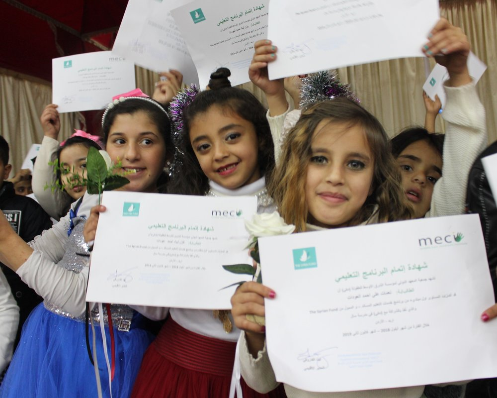 MECI-TSF 03.02.2019 Students showing their MECI-TSF certificate.jpg