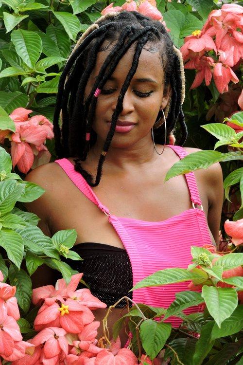 Beautiful+Black+Girl+in+Garden.jpg