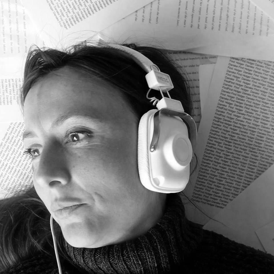 Nina Bassett - ARTISTIC DIRECTOR
