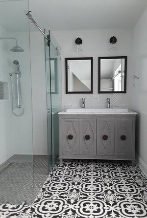 - Mosaic floor tileDouble vanity sinkZero threshold shower