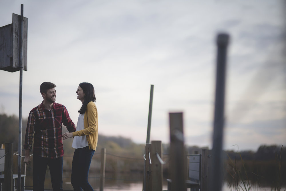 Minneapolis lake engagement session 5.jpg