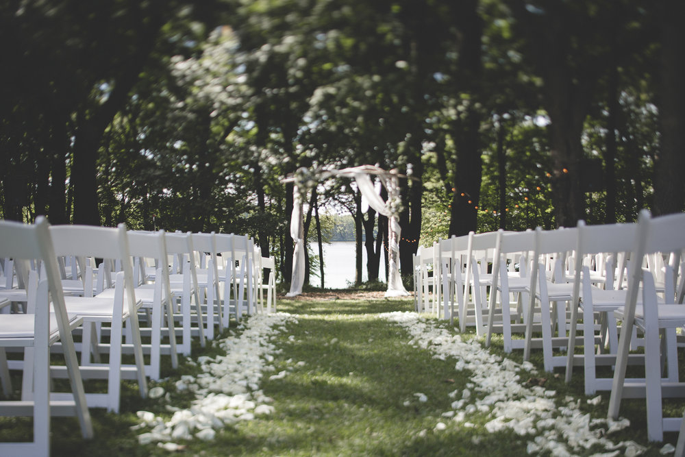 41 Minneapolis home backyard outdoor wedding ceremony site.jpg