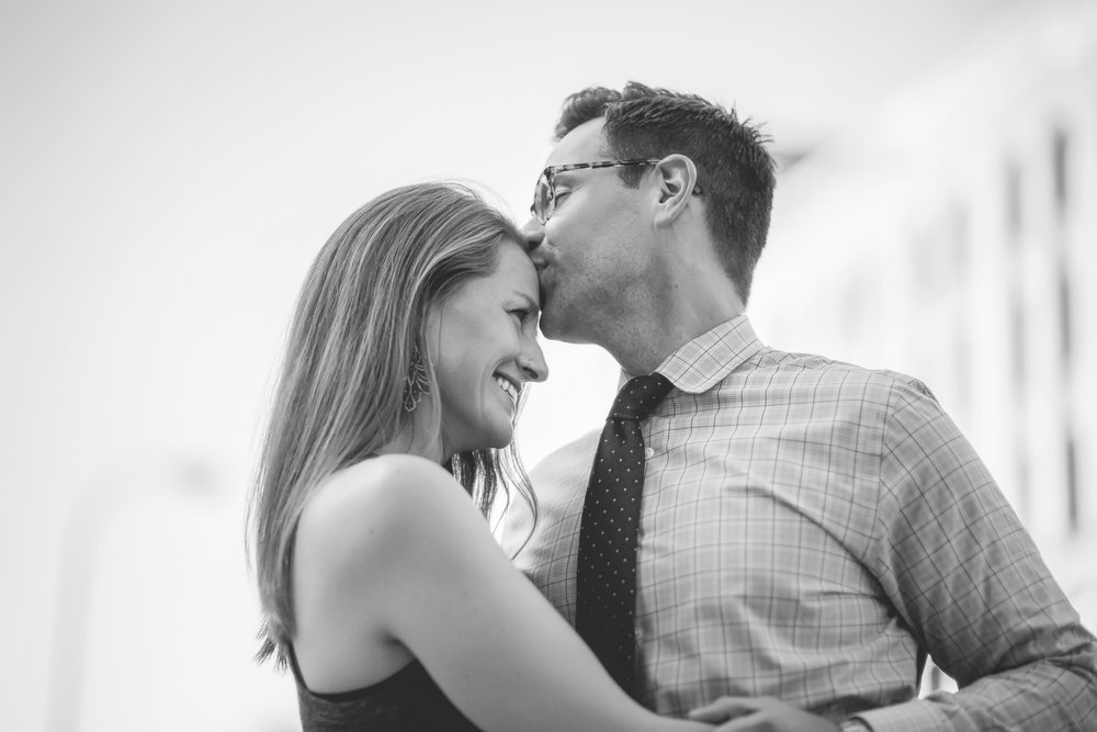 north loop minneapolis engagement photos-5.jpg