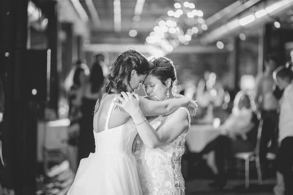 lowertown event center saint paul wedding photographer-25.jpg
