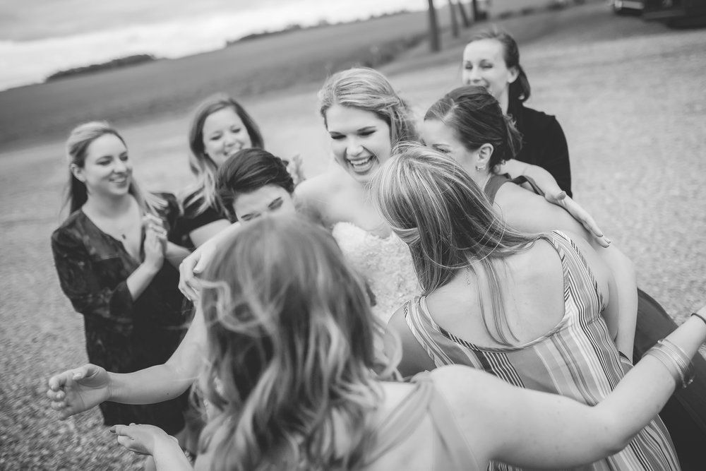 minnesota family farm outdoor wedding photographer-50.jpg
