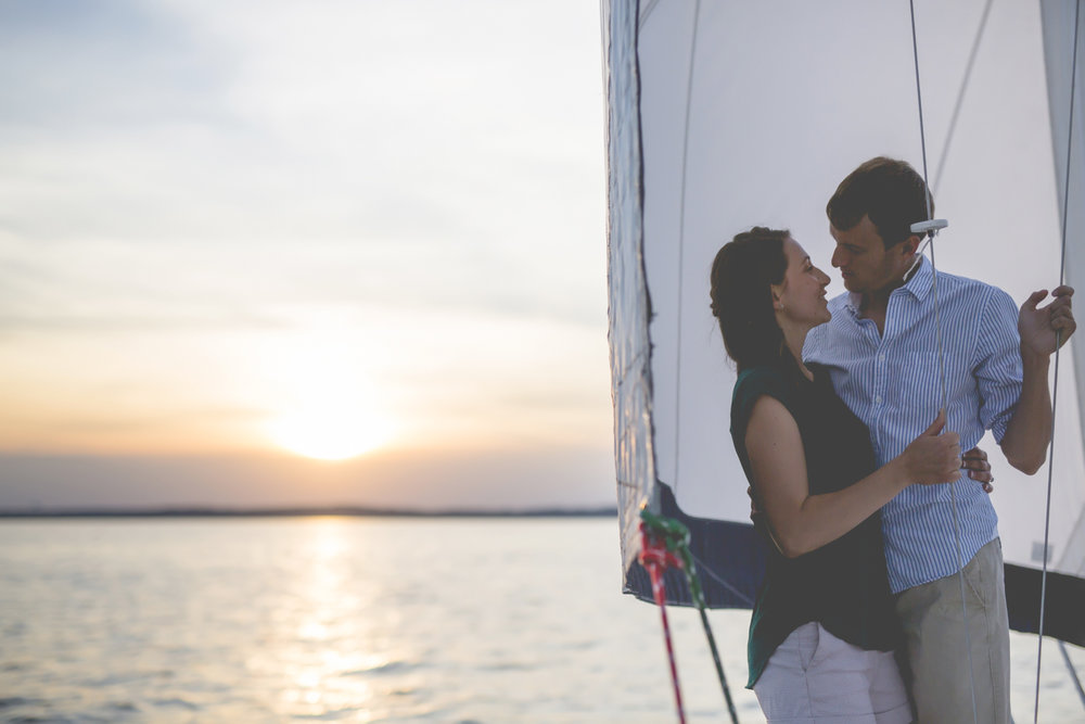 madison wisconsin sailing engagement session-8.jpg