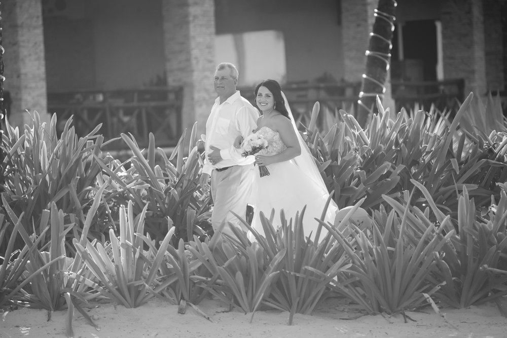 Joe & Jen Photography Punta Cana Destination Wedding-20.jpg