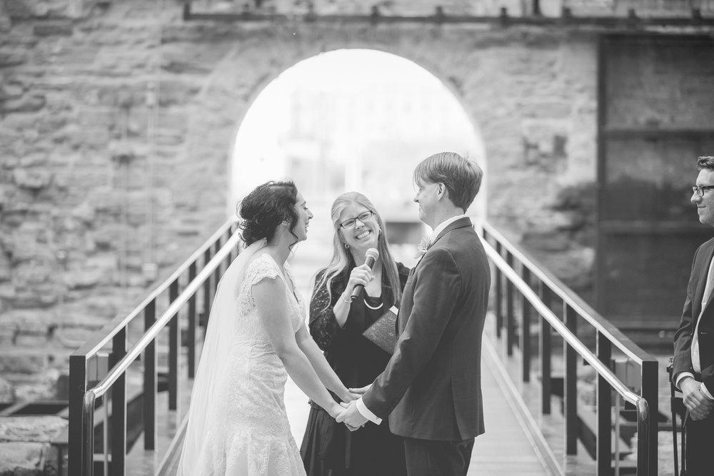 mill city museum minneapolis wedding photography-48.jpg