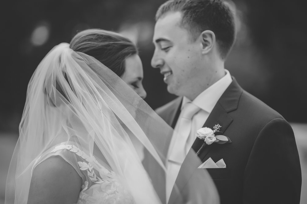 aria minneapolis wedding photography-15.jpg