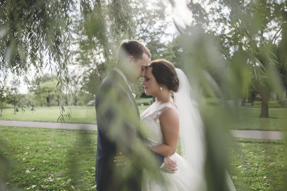 aria minneapolis wedding photography-32.jpg