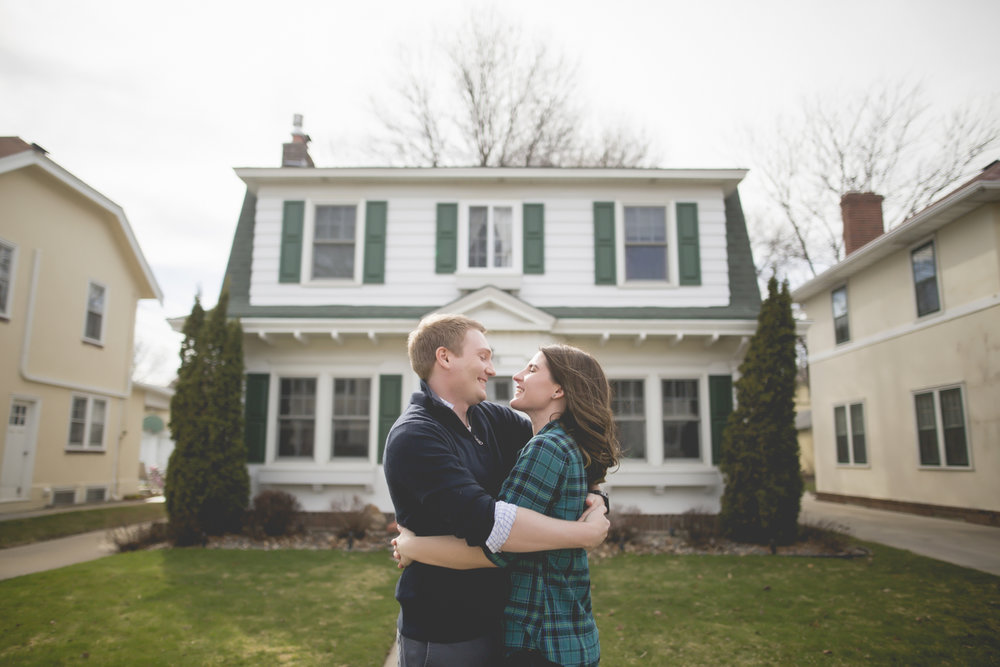 minneapolis home engagement session-14.jpg