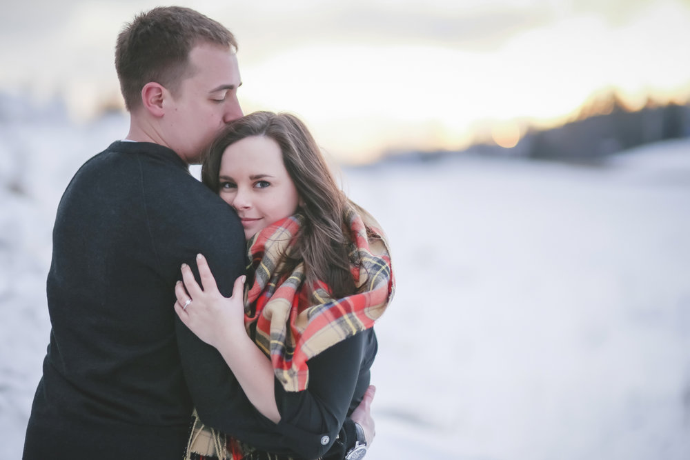 North Shore Duluth MN Palisade Head Engagement Photos-23.jpg
