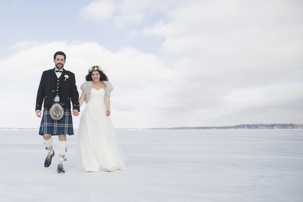 minneapolis winter wedding photographer-14.jpg
