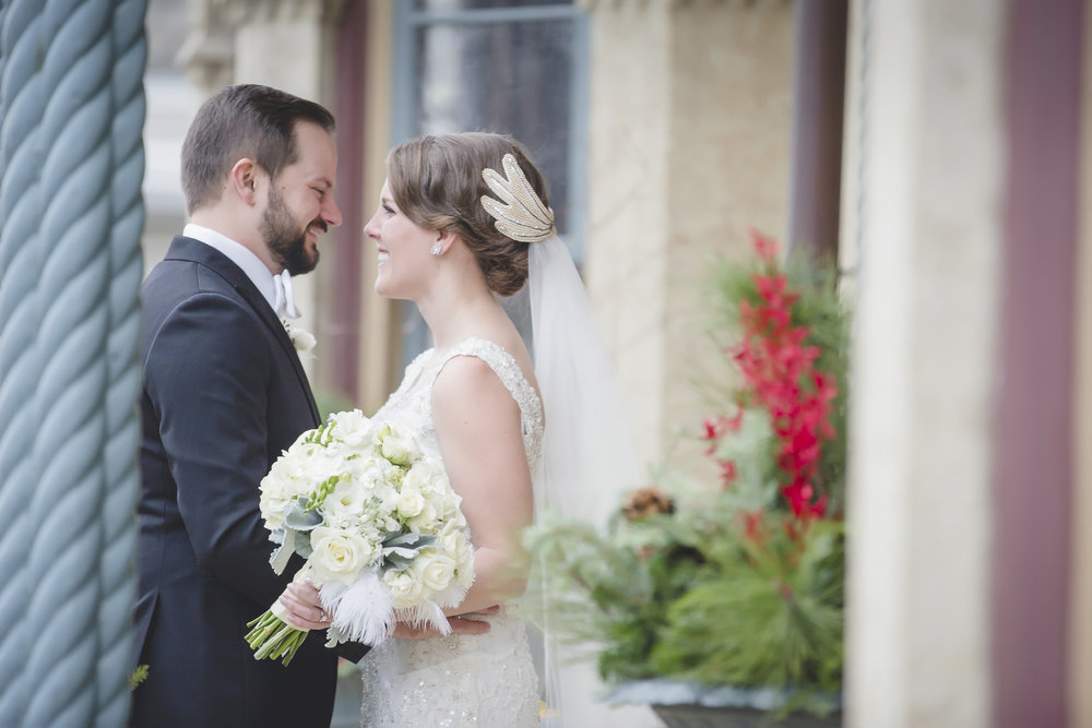 minneapolis winter wedding photographer-5.jpg