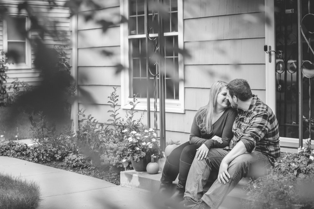 south minneapolis engagement session-3.jpg