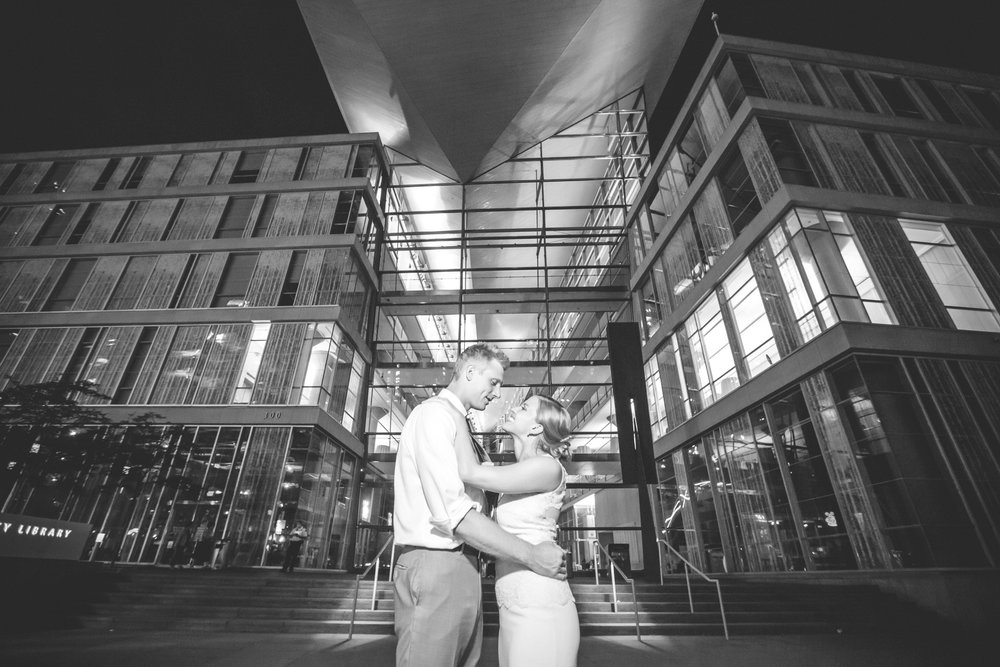 minneapolis central library mintahoe wedding photography-71.jpg