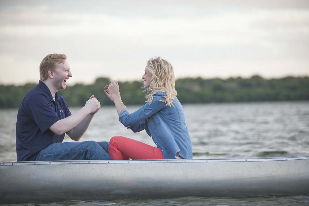 lake harriet minneapolis canoe engagement session-13.jpg