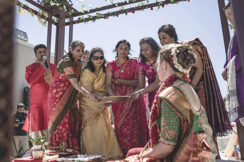 aria minneapolis indian wedding photographer-59.jpg