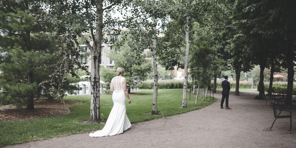 McNamara Alumni Center Minneapolis Wedding Photographer-12.jpg