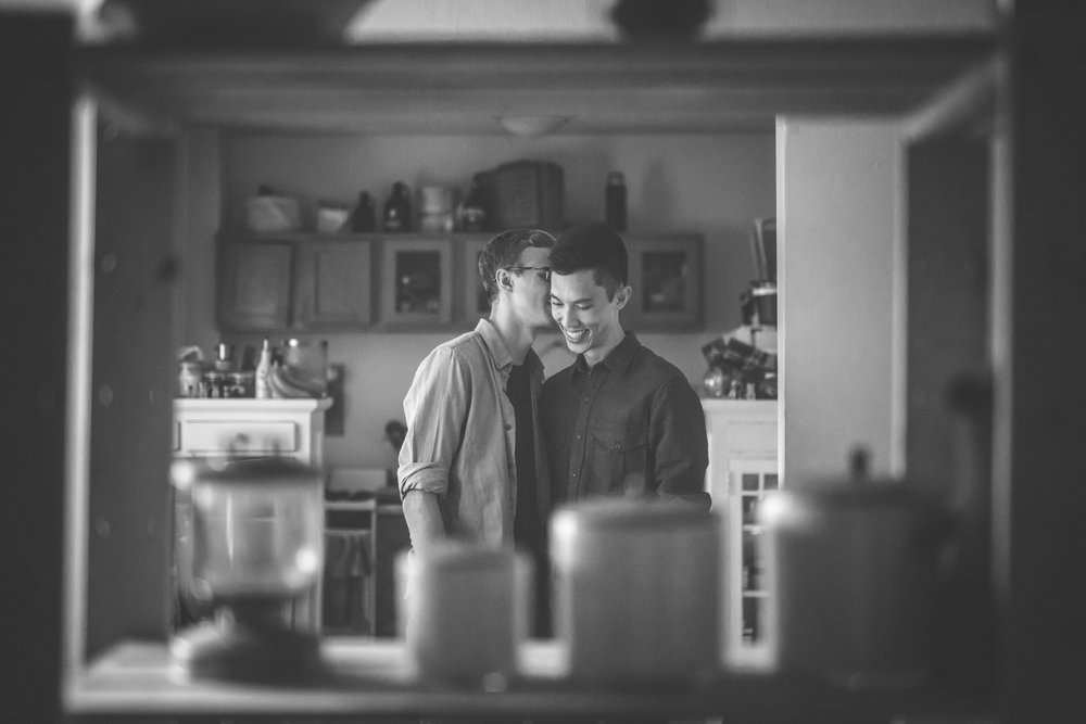 minneapolis same sex home neighborhood engagement session-10.jpg