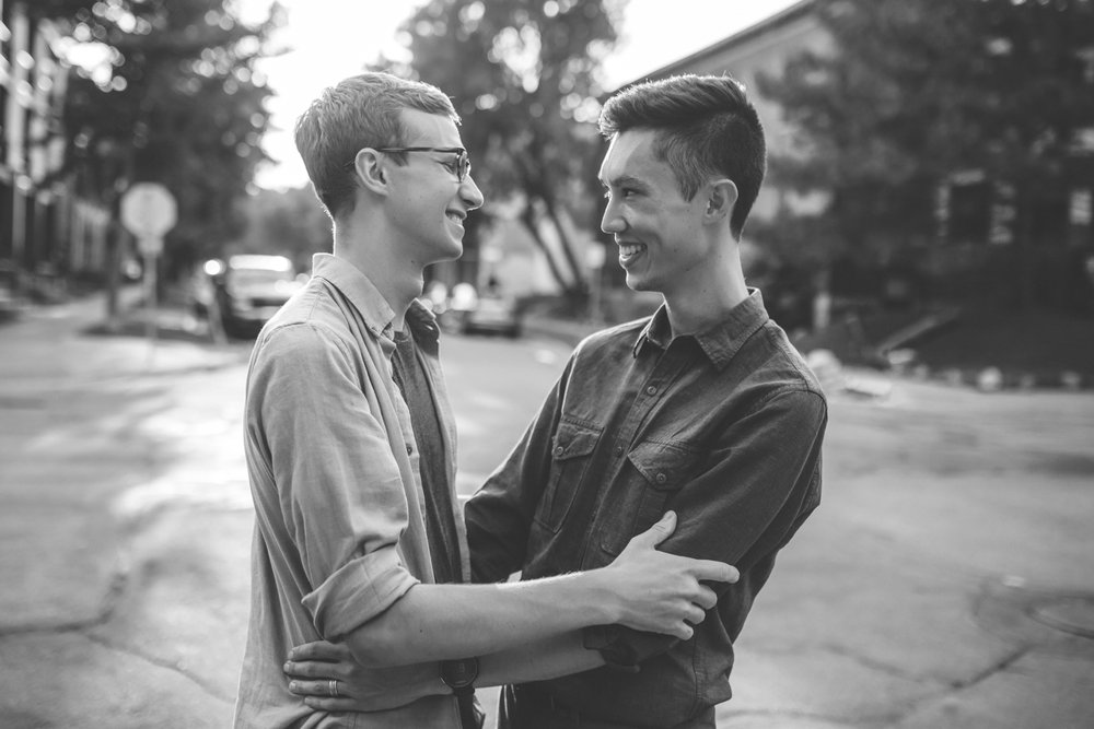 minneapolis same sex home neighborhood engagement session-38.jpg