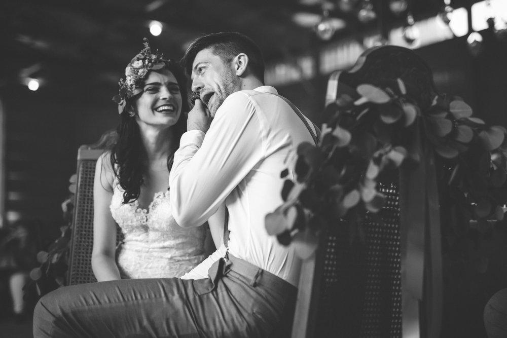 minneapolis backyard wedding photographer-49.jpg