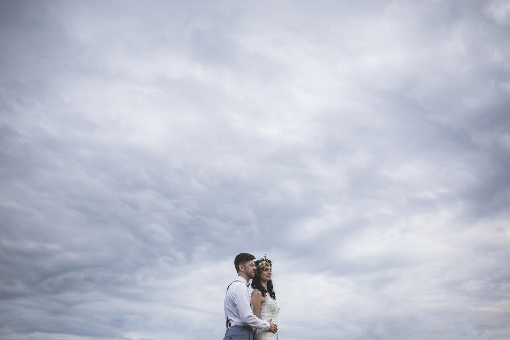 minneapolis backyard wedding photographer-53.jpg